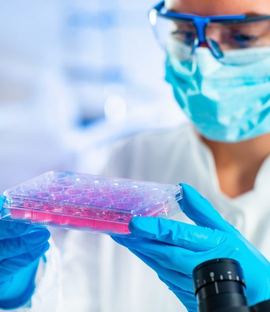 stem-cell-researcher-working-in-laboratory.jpg